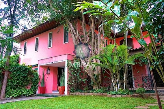Linda Casa No Jardim América - Mb805