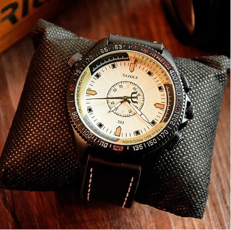 Relógio Yazole 8146 Masc Pulseira De Couro À Prova D