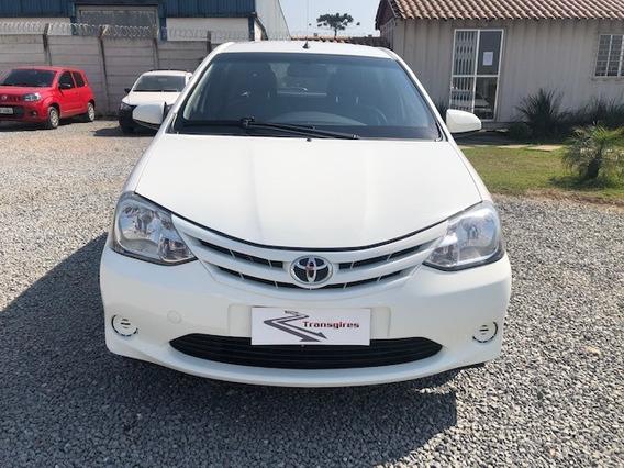 Toyota Etios Hb Xs 1.5 2016