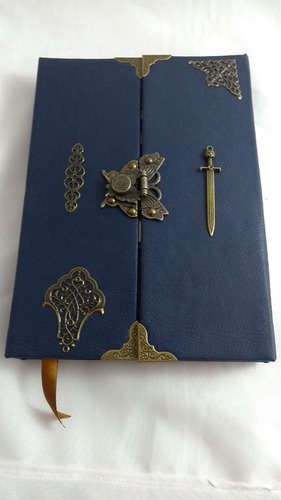 Imagem 1 de 7 de Grimório Maçom Artesanal Reciclato Capa Externa Corano Azul
