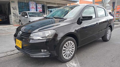 Volkswagen Voyage 2013 1.6 Comfortline 99 Hp