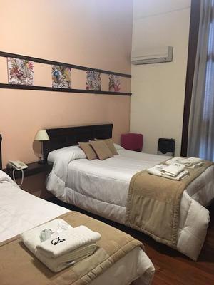 Hostel En Venta -- 75 Plazas En Rosario - Santa Fe