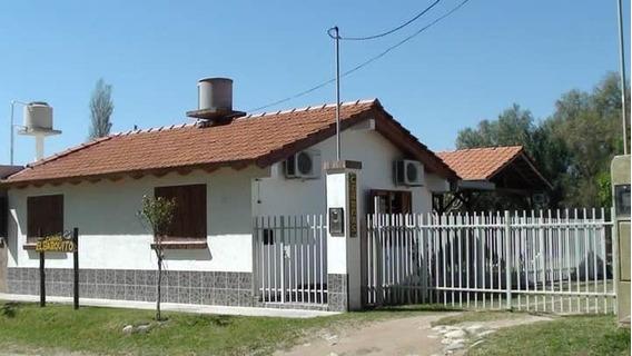 Cabañas Y Casa