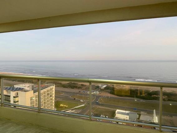 Alquiler Anual Frente A La Playa- Ref: 1498