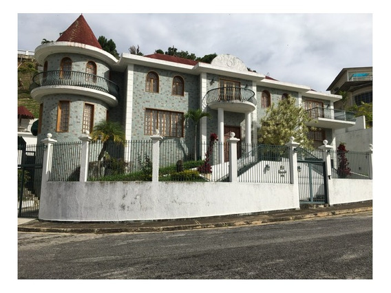 Se Vende Casa 900 M2 Te,1500m2 Const.urb Los Naranjos,mun El Hatillo