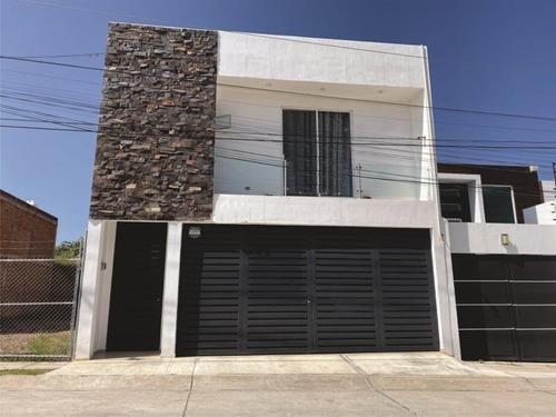 Casa Sola En Venta Villas De La Cantera