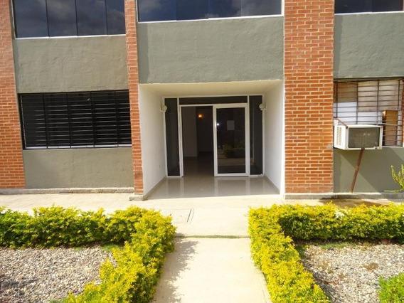 Apartamento En Venta Los Naranjos Humboldt Mls #20-8206