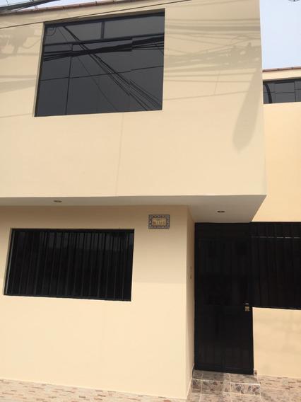 Casa 02 Pisos, Excelente Estado De Presentación