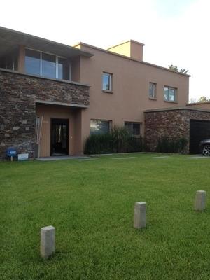 Casa De 4 Dormitorios Y 3 Baños Pinamar Frontera