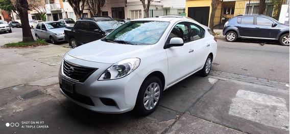 Nissan Versa 1.6 Visia Mt 2013