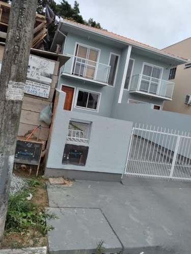 Sobrado Com 2 Dormitórios À Venda, 72 M² Por R$ 240.000,00 - Forquilhas - São José/sc - So0835