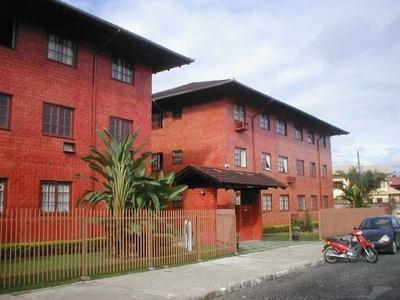 Apartamento - Saguaçú - L00339