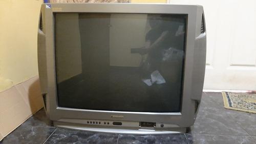 3 Televisores : Panasonic 29  / Noblex 21  /  Kenia 20
