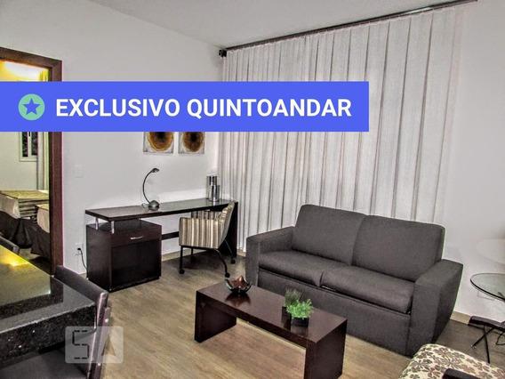 Apartamento No 5º Andar Mobiliado Com 1 Dormitório E 1 Garagem - Id: 892947735 - 247735