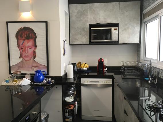 Lindo Apartamento Em Condomínio Clube Com Cozinha Ampliada