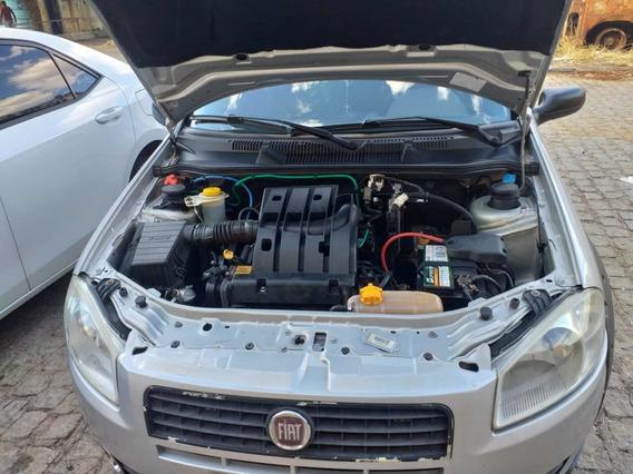 Fiat Strada 1.4 Fire Flex 2p 2011