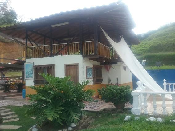 Se Vende Finca Chalet Piedras De Moler - Cartago