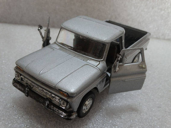 1966 Chevrolet C10 Pickup Welly 1:32 Loose