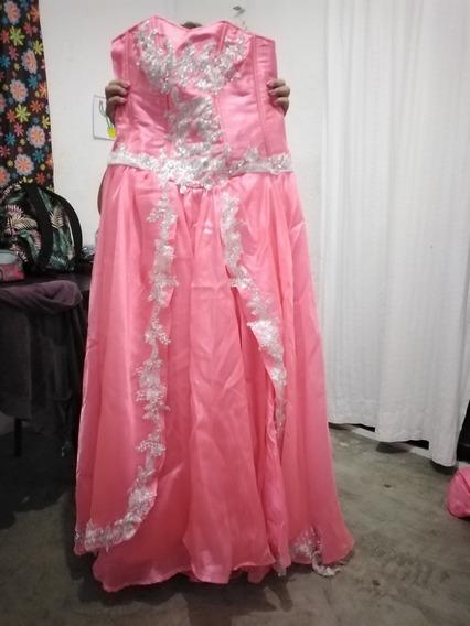 Vestido De Xv Años Con Chaleco Y Almohada Bordada
