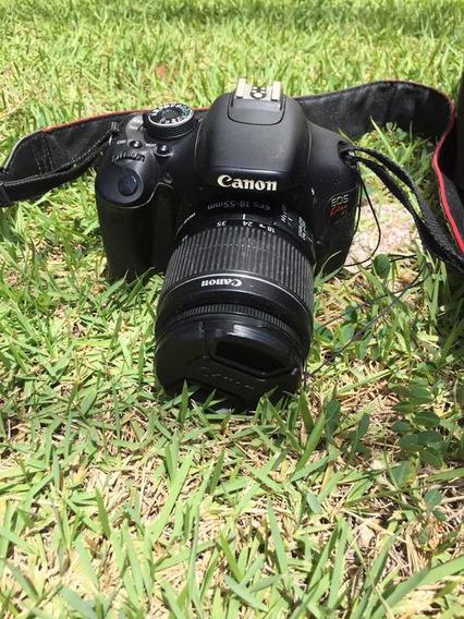 Máquina Fotográfica Cannon Em Bom Estado De Conservação .