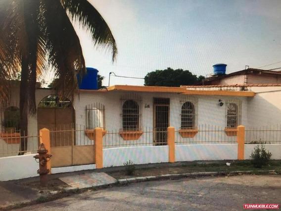 Casas En Venta Urbanizacion Quintas De Flor Amarillo