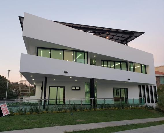 Casa 59-b En Esquina Con Roodfgarden En La Cima