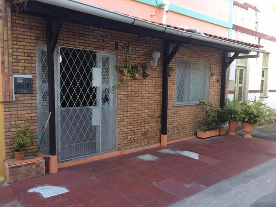 Casa Residencial À Venda, Benfica, Fortaleza. - Ca0808