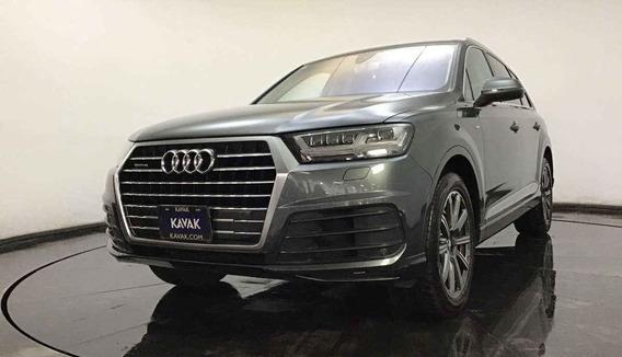 Audi Q7 Quattro Launch Special Edicion / Combustible Gasoli
