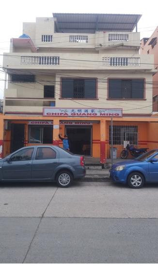 Casa Rentera De 3 Pisos, 2 Dptos Y Planta Baja Comercial