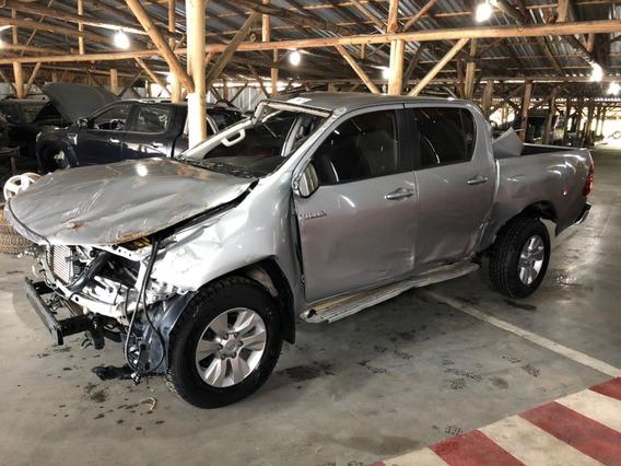 Toyota Hilux 2.8 Tdi Srv Cab. Dupla 4x4 Aut. 4p Sucata