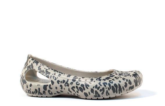 Chata Crocs Kadee Animal Print Flat W C-203105-019 Gris