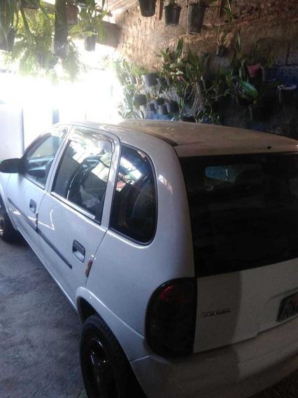 Chevrolet Corsa 1.0 4 Portas Wind