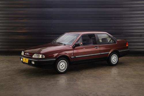 Imagem 1 de 10 de 1991 Ford Versailles Ghia 2.0 Duas Portas