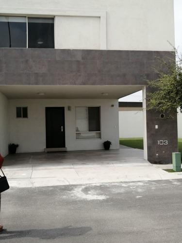 Casa En Anáhuac San Patricio, General Escobedo