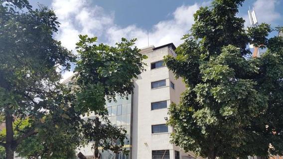 Hermosa Oficina En Alquiler Chacaíto 20-12258
