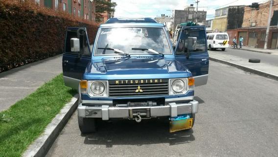 Mitsubishi Montero Estandar