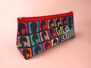 Cartuchera Triangular De The Beatles John Lennon Mccartney
