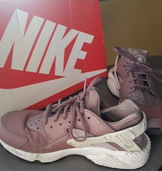 Zapatilla Nike Air Huarache Run Vino