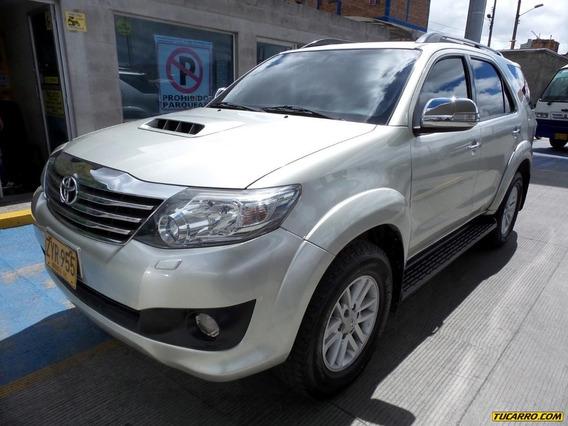 Toyota Fortuner Srv Fe