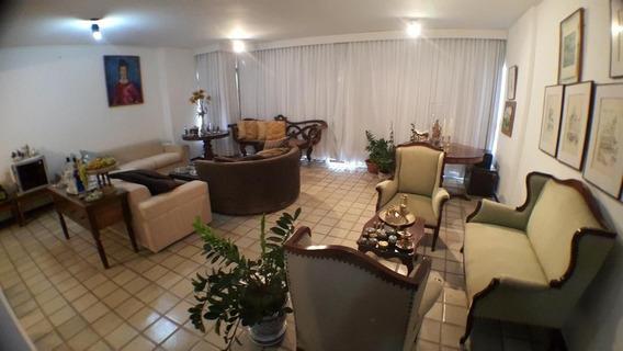 Apartamento Com 4 Suítes No Rio Vermelho - 783