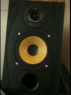 Monitores De Estudio Spirit Absolute 2 By Soundcraft Pasivos