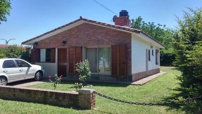 Alquiler De Hermosa Casa En Villa Rumipal Para 5/6 Personas