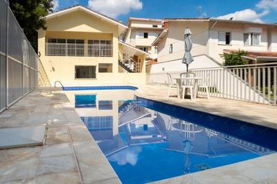 Casa Em Granja Viana, Cotia/sp De 182m² 3 Quartos Para Locação R$ 3.400,00/mes - Ca195497