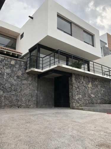 Preciosa Residencia En Vista Real Country Club, Roof Garden, 3 Recámaras, Jardín