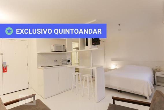Apartamento No 18º Andar Mobiliado Com 2 Dormitórios E 1 Garagem - Id: 892952949 - 252949
