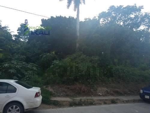 Venta Terreno 2208 M² Anahuac Tuxpan Veracruz. Ubicado En La Calle Libertad, El Terreno Se Encuentra En Esquina, Cuenta Con Una Superficie Útil De 2208 M², El Terreno Se Encuentra Frente A Un Campo D