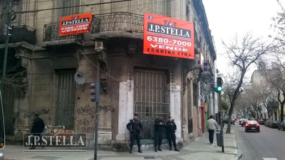 Vende Lote Comercial En Esquina 270 M² - Alquilado - Constitución