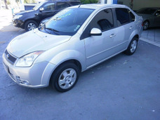 Ford Fiesta Sedan 1.6 Flex - 2008