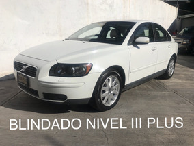 Volvo S40 2.5 Elegance T5 Geartronic At 2006