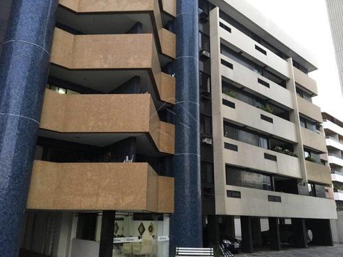 Imagem 1 de 10 de Apartamentos - Ref: L2250